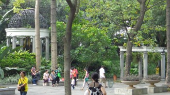 Queen's Park on Shamian  Island
